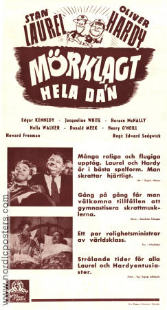 Mörklagt hela dan 1943 poster Laurel and Hardy
